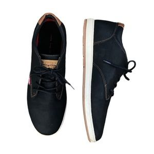 Levis Arnold black lace up casual sneaker 13